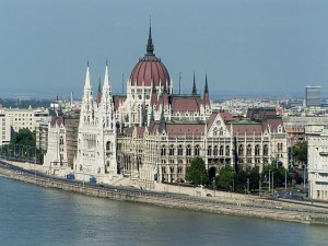 13_parliament_budapest_hungary_500[1]